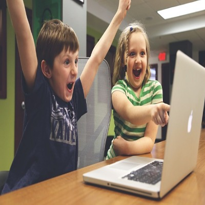 Advantages and disadvantages of ICT in education - LORECENTRAL